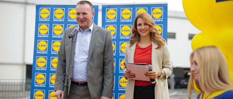 Clan Uprave Lidla Dalibor Bosnjak i voditeljica Doris Pincic