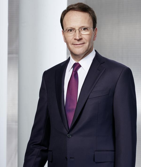 nestlé-Schneider-Dr-Ulf-Mark