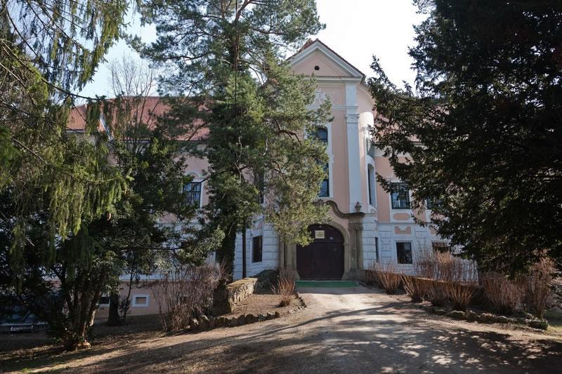 http://hrvatskifokus-2021.ga/wp-content/uploads/2015/04/bolnica-gornja-bistra.jpg