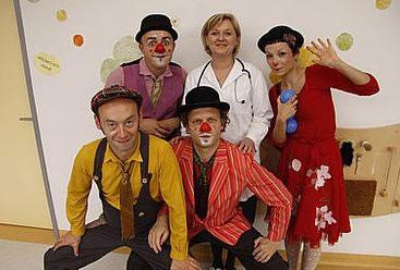 crveni-nosevi-klaunovidoktori-midi