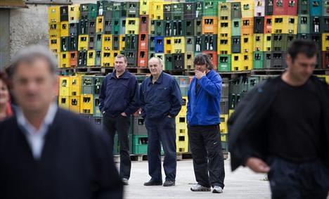 dalmacijavino-radnici-midi1