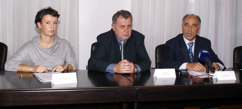 grupacija-za-pcelarstvo-konferencija-za-medije-large