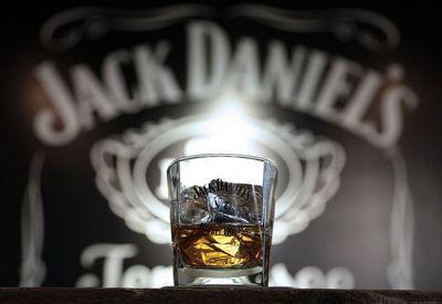 Jack Daniel's-viski-whiskey-midi