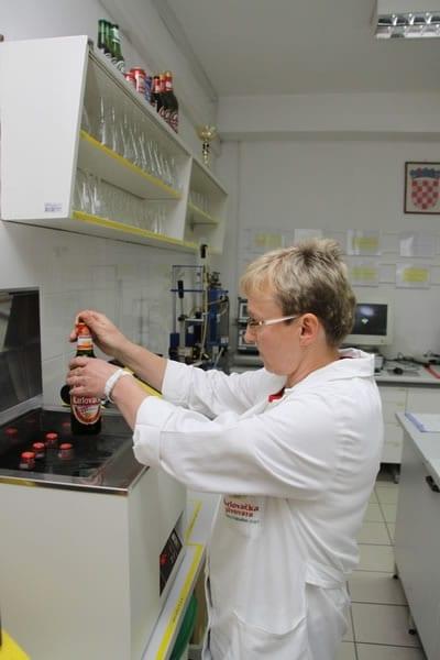 laboratorij-karlovacka-pivovara-2-large