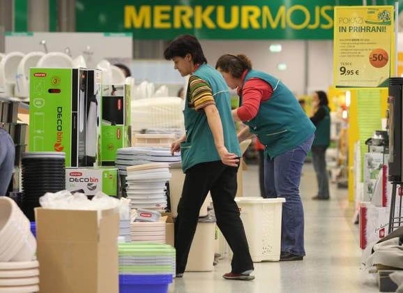 merkur-trgovina-radnici-large