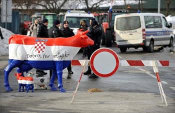 mljekari-prosvjedi-veljaca-2012-midi