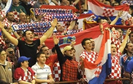 navijaci-hrvatska-midi