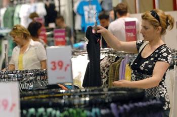 potrosaci-trgovina-odjecom-midi