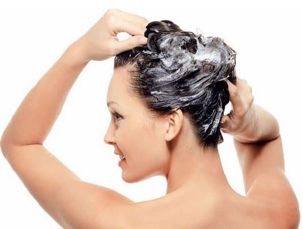 Pet grešaka u pranju kose koje niste znali