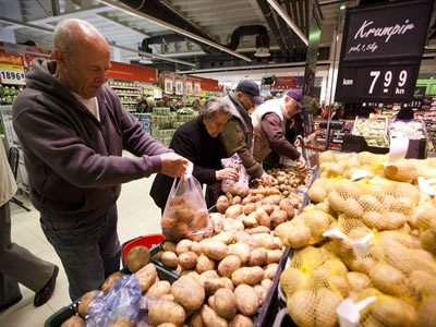 trgovina-kupci-krumpir-midi
