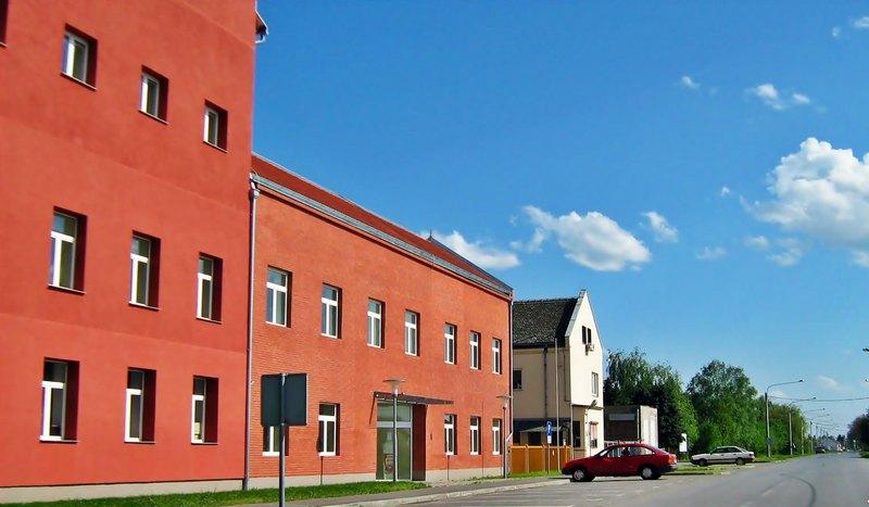 tvornica-ulja-cepin-ulaz-large