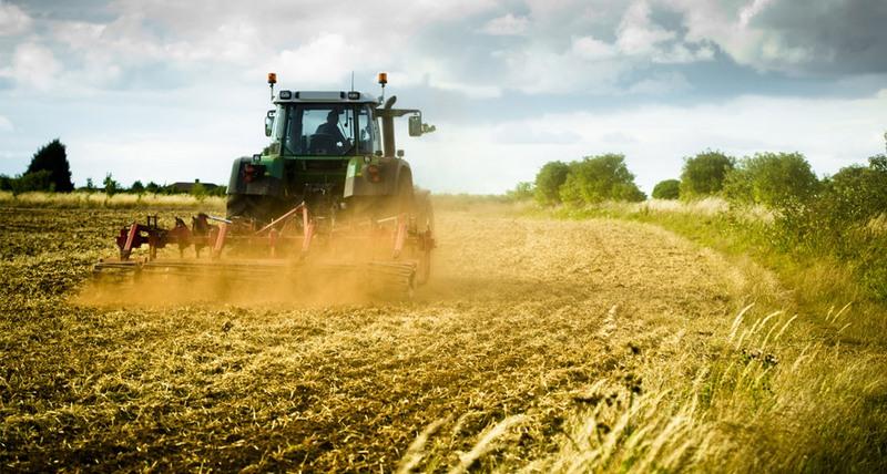poljoprivrednici koji spajaju komercijalne