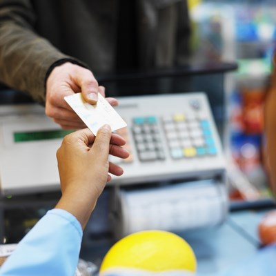 DZS: Prosječna neto plaća za prosinac lani 5.973 kune